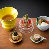 「京都フレンチ懐石」と称される料理は、ミシュランにも認められた祇園「よねむら」とのコラボレーション★