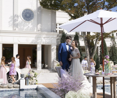 津市街にあるリゾート・ウェディング。森に包まれ自然を愛でる結婚式を贈ります