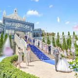 2018年夏大階段リニューアル!ロイヤルブルーにドレスが映え、より華やかな空間に!