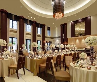 パリの高級邸宅を思わせる「ヴィラ パリ」ではモダンテイストなウェディングが叶う