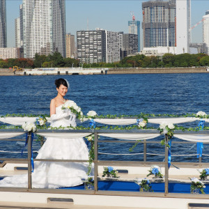船上挙式は全面が海と空に囲まれた美しいロケーション!|ジールウェディングクルーズの写真(2408379)