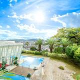 熊本の街並みを一望できる絶景の丘『四季の丘 seasons with』で天空のウエディングが叶う