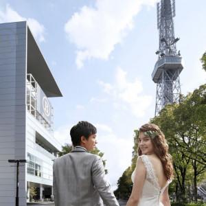 名古屋のシンボルであるテレビ塔を背景に前撮りもオススメ|ラグナヴェール 名古屋(LAGUNAVEIL NAGOYA)の写真(2601295)