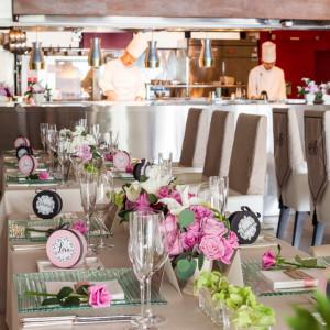 オープンキッチンを備えたレストランを貸切に|レストラン一味真・ル・グリルの写真(1376607)