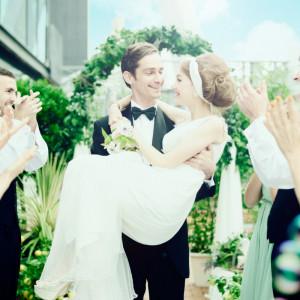 誰もが「楽しかった!」と語り継ぐ、 皆の笑顔がひとつになるウェディング☆|8G Horie RiverTerrace Weddingの写真(904789)