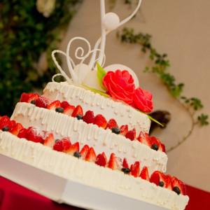 ウェディングケーキにも一工夫希望にあったものを提供していきます|FINCH OF AMAZING DINERの写真(584084)