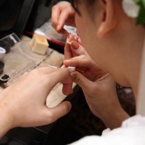 ドレスや髪型と合わせてネイルも|FINCH OF AMAZING DINERの写真(309325)