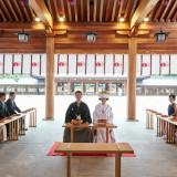 【橿原神宮内拝殿挙式】 ご参列は、ご新郎様側16名・ご新婦様側16名・ご友人席16名、合計48名様まで可能