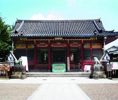 浅草神社 350年たった現在も当時の面影をそのままに。国の重要文化財に指定された社殿での挙式は、極美な結婚式を現実のものとします。