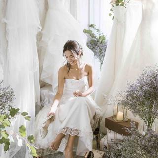 【ご成約特典】 2020年6月までに結婚式を実施の方 衣裳48万円(新婦2点・新郎1点)プレゼント♪