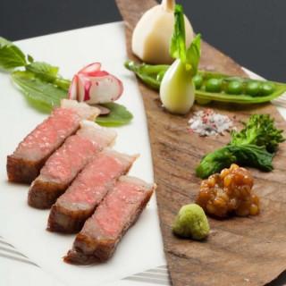 【料理重視の方必見!】今が旬★のど黒寿司×黒毛和牛食べ比べ