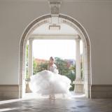 光差し込む空間でより一層美しい花嫁に。