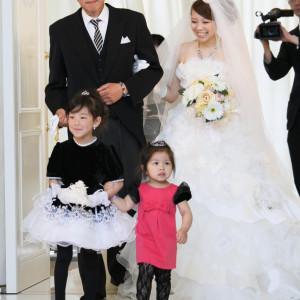 お子様をトレーンガールやリングガールに抜擢させてみて|NIHO -Dramatic scene wedding-の写真(538333)