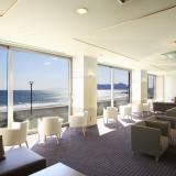 函館山と海を眺めながらゆっくりとおくつろぎください