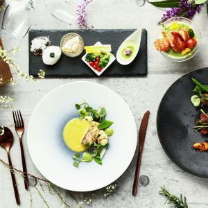 週末限定【人数×お料理グレードUP特典】リゾート体験×贅沢7品試食