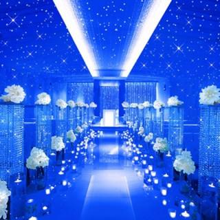 当日ご成約の方に「星空チャペル」 +「会場使用料」+「館内装飾」合計53万円分プレゼント!