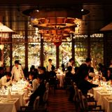 併設するレストラン 打合せアフターでのお食事や記念日のアニバーサリーディナーにと、皆様にご利用頂いております