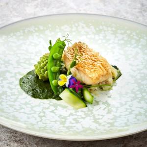 特別な日にふさわしい感動を生む料理|YOKOHAMA MONOLITH ~横浜モノリス~の写真(4213208)