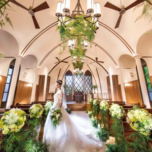 緑の木々と陽光に包まれた、独立型チャペルで温かな誓いを|THE MARCUS SQUARE FUKUOKA アゴーラ福岡 山の上ホテル&スパの写真(988115)