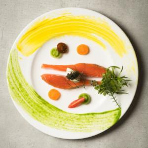 まるで芸術品のように盛り付けられた料理は食べるのがもったいないほどの美しさ|THE MARCUS SQUARE FUKUOKA アゴーラ福岡 山の上ホテル&スパの写真(1928999)