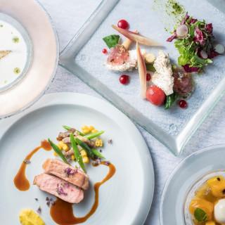 ◆予約の取れないレストランで使える◆ペアディナーチケット2万円プレゼント