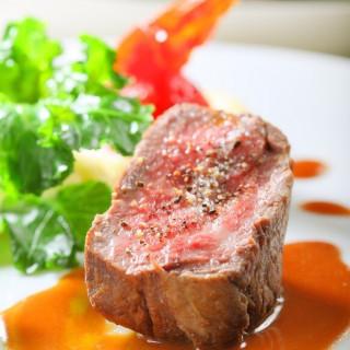 【日曜限定】高級ステーキ試食×チャペル入場体験