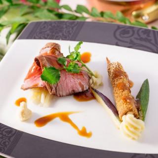 事前ご予約を頂いたカップルには無料料理試食と初ご来館の方には、Specialな特典が( ^∀^)b