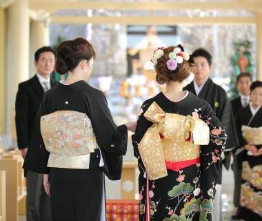 美しく「開花」した花嫁とご家族の歩みを噛み締める「開花の歩み」