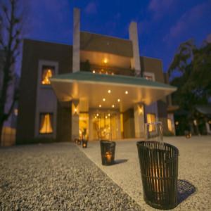 神社境内に建てられた洋館は本殿と繋がっていて安心|若宮の杜 迎賓館の写真(4399372)