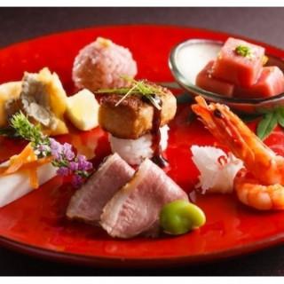 《会場リニューアル》チャペル見学×ペアお食事ご招待×フォアグラ寿司試食