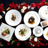食材や食器、盛り付けの細部にまで専属シェフのこだわりが光る料理をぜひ堪能して
