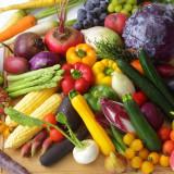 地元の食材や季節の野菜、ハレの日に欠かせない高級食材、吟味した素材だけがウエディングメニューに。