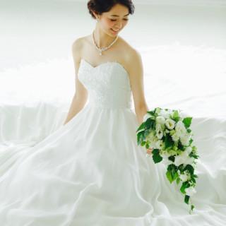 ドレス&タキシード一着ずつ・フラワーシャワー等の様々な特典をカップル様にプレゼント!