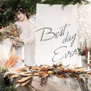 【会場】Lover's Mahalo前撮りの際には、ソロ撮影もご希望であれば可能です。ソロ撮影することによって、ウェルカムボードのバリエーションが増えますよ!|Wedding Space Lover's Placeの写真(4005123)
