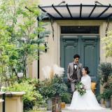 落ち着いたナチュラルなガーデン 堅苦しくない大人らしい落ち着いた結婚式が叶う