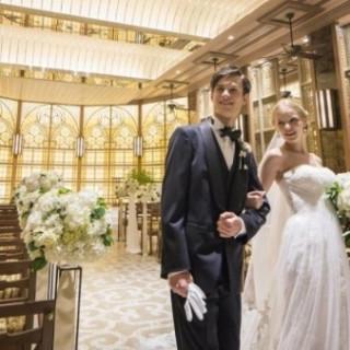 はじめての会場見学の方で結婚式をご成約の方に15万円割引!