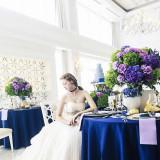 清楚で真っ白な内装は、どんなテーブル・コーディネーションにも合うので、おふたりのお気に入りカラーやフラワーをプランナーにお聞かせください。