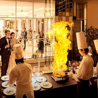 【Chef's Live Stage】オープンキッチン あつあつ試食