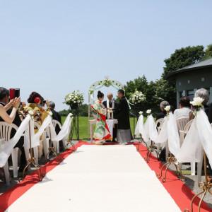こだわりの和装でガーデン教会式|音羽倶楽部の写真(1126829)