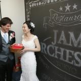 扉を開けた目の前には「JAM ORCHESTRA」と書かれたブラックボードが広がります。
