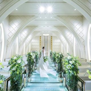 【ガラスのチャペル入場体験】水と緑の大階段フラワーシャワー&無料試食会
