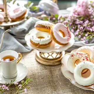 人気のカフェサロンでデザート&ドリンクをご提供♪