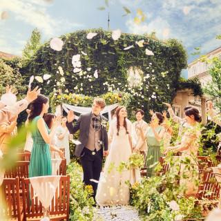【開放的な結婚式】ガーデンチャペル体験♪テラス席×コース試食
