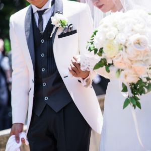 二人で手を取り合い、これから夫婦の誓いをたてます|キングスウェル(オズブライダル)の写真(3342105)