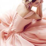 衣裳のカラーバリエーションも豊富