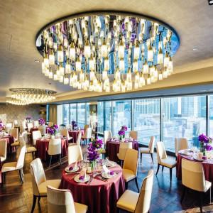 【THE GRAND 47】普段はレストランとして営業しているバンケット。結婚式当日を終えた後は、大切な「家族の場所」として帰ってこられる場所に。|THE GRAND GINZA(ザ グラン銀座)の写真(3396221)