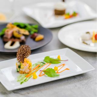 【衛生対策強化フェア】1件目特典付き☆豪華試食×五感に響くチャペル体験