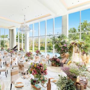 大人ナチュラルなコーディネート♪青空と自然が広がる開放的な空間で世界で一つだけのウェディングを♪|ララシャンスOKAZAKI迎賓館の写真(3338593)
