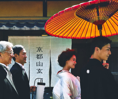 「花嫁行列」一歩一歩歩みながら思い出す家族との思い出