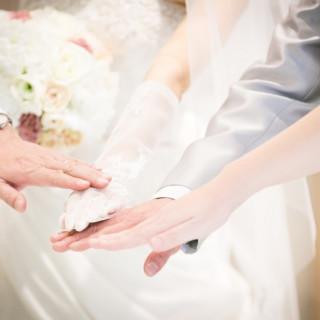 ご来館から4ヵ月以内に挙式を実施の場合、リーズナブルな特別プランをご案内。